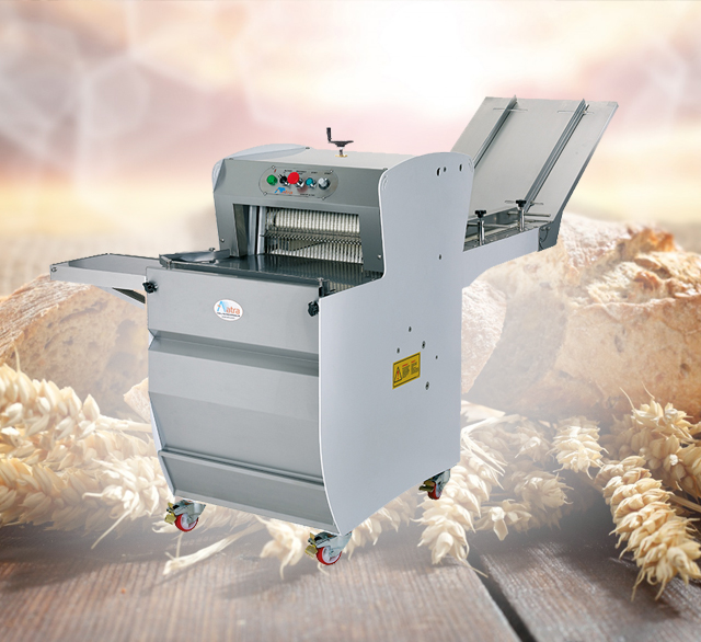 Automatic, adjustable, safe and Easy clean Bread Slicing Machine